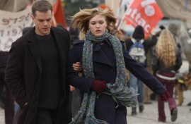 Matt Damon and Julia Stiles in The Bourne Supremacy