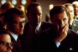 Steven Culp, Kevin Costner, and Bruce Greenwood in Thirteen Days