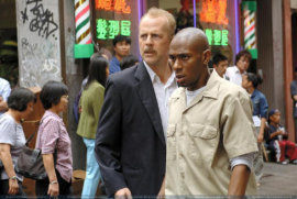 Bruce Willis and Mos Def in 16 Blocks