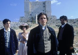 Henry Cavill, Dagmara Dominczyk, James Caviezel, and Luis Guzman in The Count of Monte Cristo