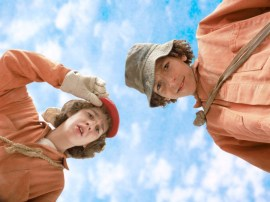 Shia LaBeouf and Khleo Thomas in Holes