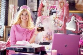 Reese Witherspoon in Legally Blonde 2: Red, White, & Blonde