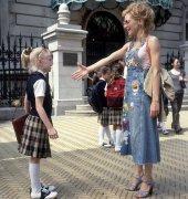 Dakota Fanning and Brittany Murphy in Uptown Girls