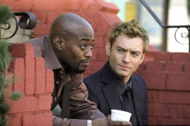 Omar Epps and Jude Law in Alfie