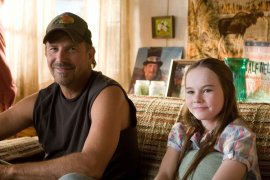 Kevin Costner and Madeline Carroll in Swing Vote