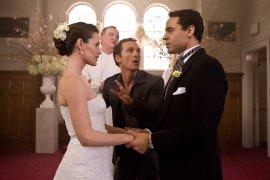 Jennifer Garner, Matthew McConaughey, and Daniel Sunjata in Ghosts of Girlfriends Past