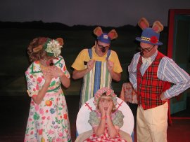 Liz Millea, Russell berberich, Hannah Solchenberger, and Brad Hauskins in Goldilocks & the Three Bears