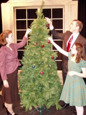 Jennifer Sondgeroth, Lauren Boswell, and Nathan Bates in Miracle on 34th Street