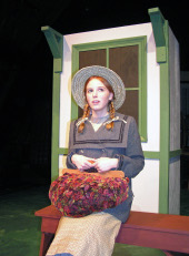 Sydney Crumbleholme as Anne