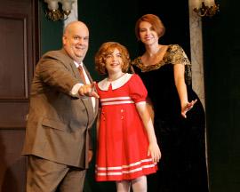 Jon Schraeder, Haley Wolfe, and Susie Schaecter in Annie