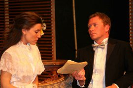 Kimberly Furness and Mike Schulz in Hedda Gabler