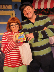 Sunshine Woolison-Ramsey and Janos Horvath in Junie B. in Jingle Bells, Batman Smells