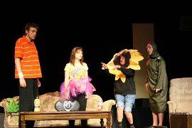 Dana-Moss Peterson, Jessica Denney, Susan Perrin-Sallak, and Allen Whitmore in Mr. Marmalade