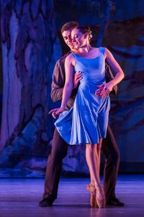 Patrick Green and Jill Schwartz in Ballet Quad Cities' Carmen