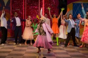 Jasondra Johnson in Hairspray