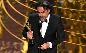 Best Director winner Alejandro Gonzalez Inarritu for The Revenant