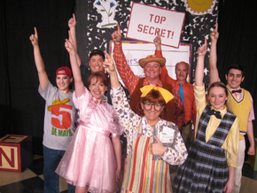 Kirsten Sindelar, Erin Churchill, Nicholas Munson, Sunshine Ramsey, Janos Horvath, Brad Hauskins, Brooke Schelly, and Chris Galvan in Junie B. Jones: The Musical