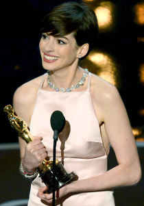 Best Supporting Actress Anne Hathaway