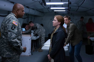 Forest Whitaker, Amy Adams, and Jeremy Renner in Arrival
