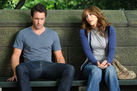 Alex O'Loughlin and Jennifer Lopez in The Back-up Plan