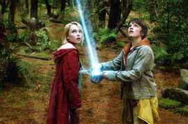 AnnaSophia Robb and Josh Hutcherson in Bridge to Terabithia
