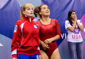 Melissa Rauch, Haley Lu Richardson, and Cecily Strong in The Bronze