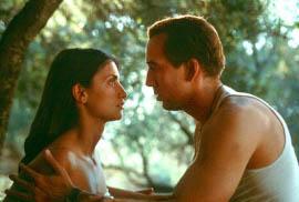 Penelope Cruz and Nicolas Cage in Captain Corelli's Mandolin
