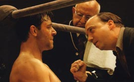 Russell Crowe and Paul Giamatti in Cinderella Man