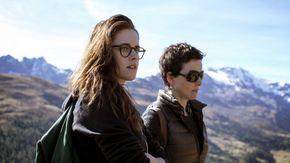 Kristen Stewart and Juliette Binoche in Clouds of Sils Maria