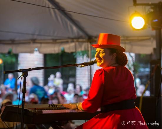 Davina & the Vagabonds. Photo by Matt Erickson, MRE-Photography.com