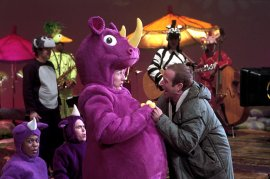 Edward Norton and Robin Williams in Death to Smoochy