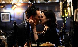 Tom Hiddleston and Rachel Weisz in The Deep Blue Sea