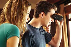 Sarah Roemer and Shia LaBeouf in Disturbia