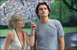 Kirsten Dunst and Orlando Bloom in Elizabethtown