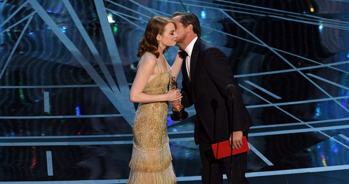 Leonardo DiCaprio presenting Best Actress to Emma Stone