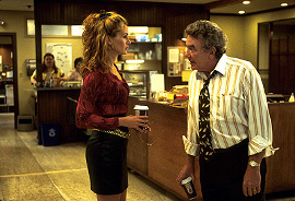 Julia Roberts and Albert Finney in Erin Brockovich