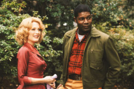 Julianne Moore and Dennis Haysbert in Far from Heaven