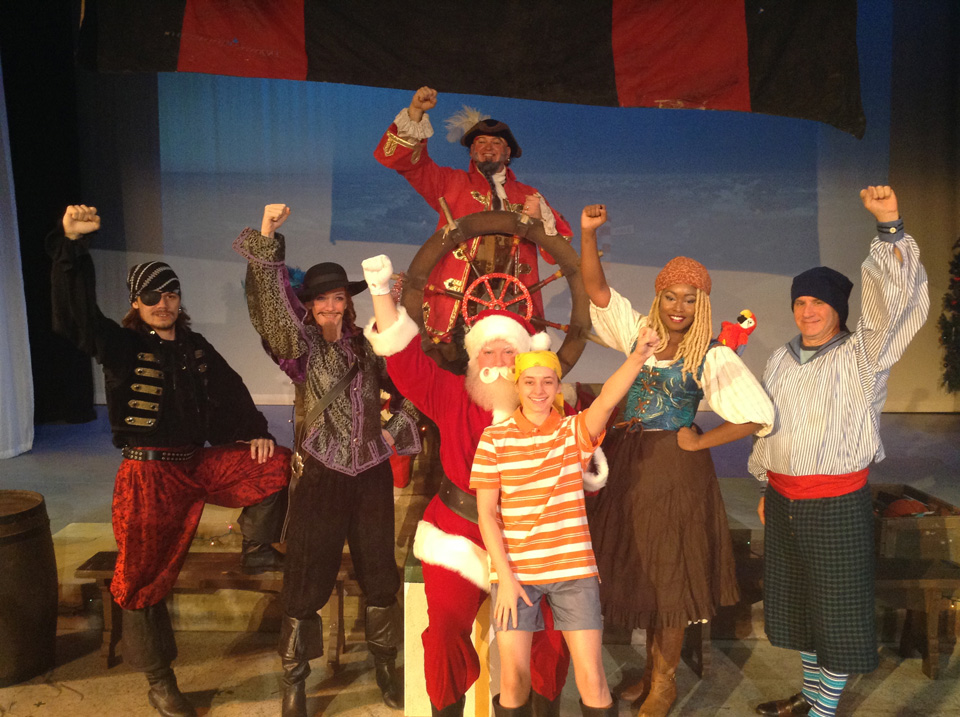 Anthony Natarelli, Sarah Hayes, Janos Horvath, Nicholas Munson, Cydney Roelandt, Antoinette Holman, and Brad Hauskins in Jingle Arrgh the Way