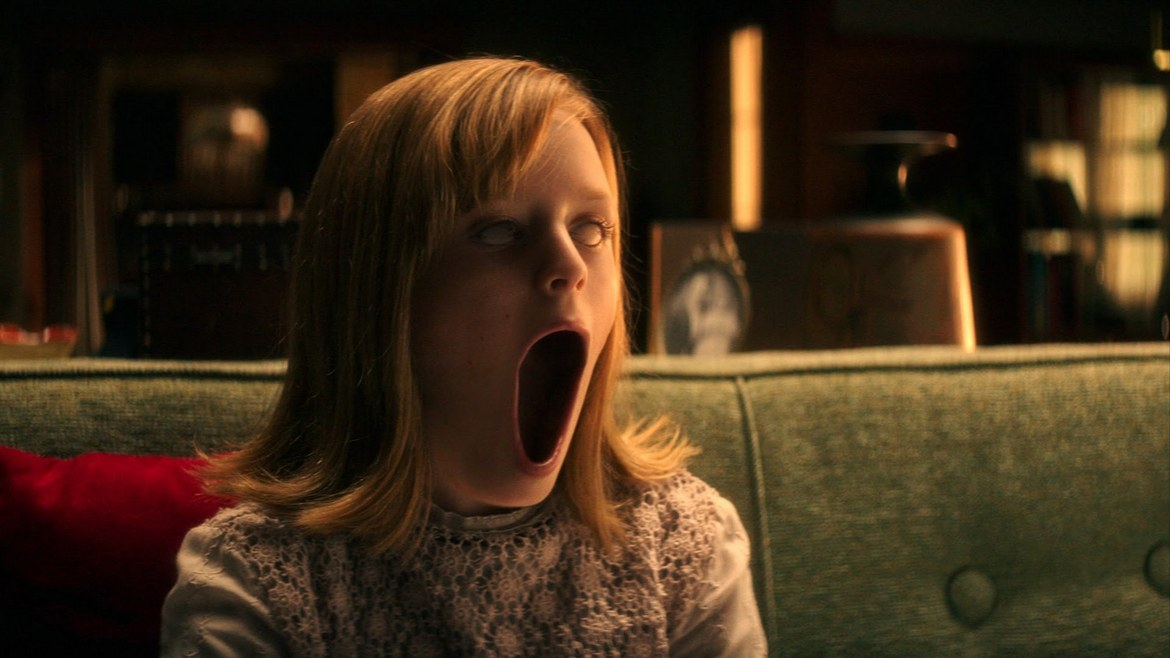 Lulu Wilson in Ouija: Origin of Evil