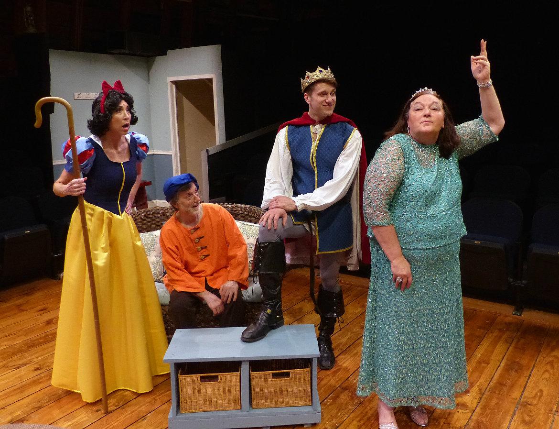 Heidi Hamer, Tom Vaccaro, Victor Angelo, and Jackie Skiles in <em>Vanya & Sonia & Masha & Spike</em> @ Richmond Hill Barn Theatre