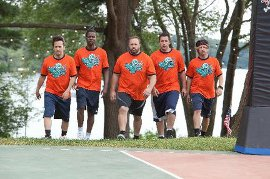 Rob Schneider, Chris Rock, Kevin James, Adam Sandler, and David Spade in Grown Ups