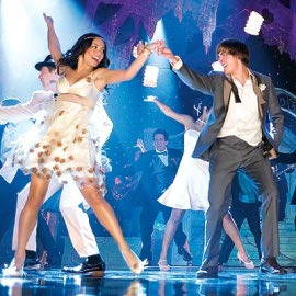 Vanessa Hudgens and Zach Efron in High School Musical 3: Senior Year
