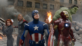 Scarlett Johansson, Chris Hemsworth, Chris Evans, Jeremy Renner, Robert Downey Jr., and the Hulk in The Avengers