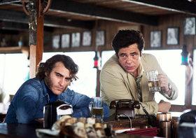 Joaquin Phoenix and Benicio del Toro in Inherent Vice