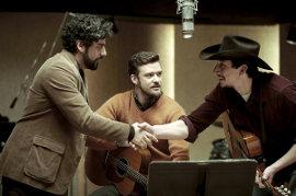 Oscar Isaac, Justin Timberlake, and Adam Driver in Inside Llewyn Davis