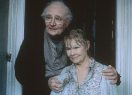 Jim Broadbent and Judi Dench in Iris