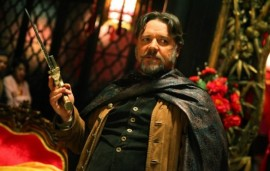 Russell Crowe in The Man with the Iron Fists
