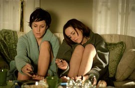 Mary-Louise Parker and Jena Malone in Saved!