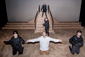 Tim Cook (top), Wayne Hess (center), Myka Walljasper, Jason Gabriel, and Jacob Kilburg (bottom) in Jesus Christ Superstar