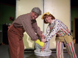 Janos Horvath and Sunshine Ramsey in Junie B. Jones & a Little Monkey Business